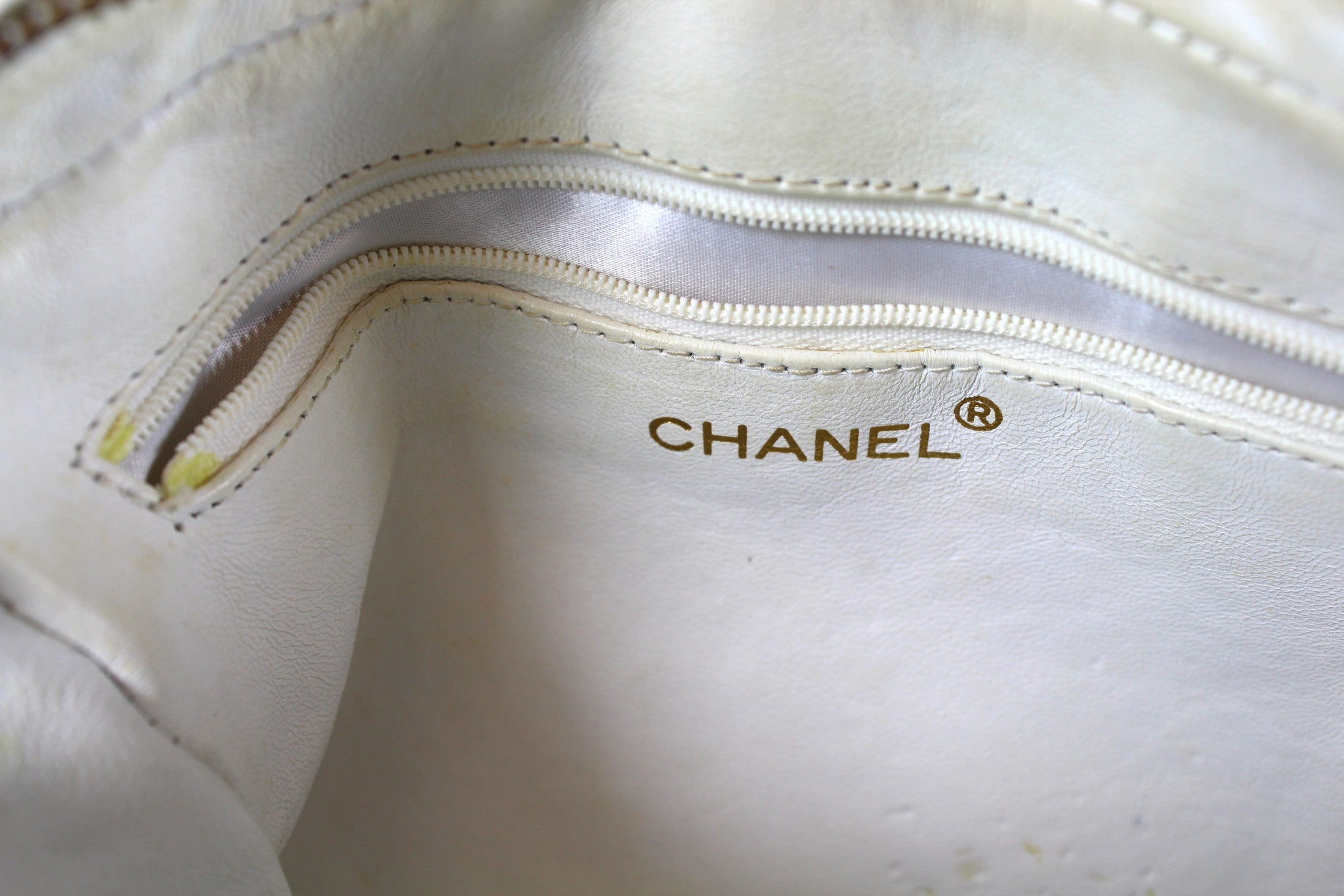 Chanel Vintage White Lizard Leather Tassel Bag - Encore Consignment - 6