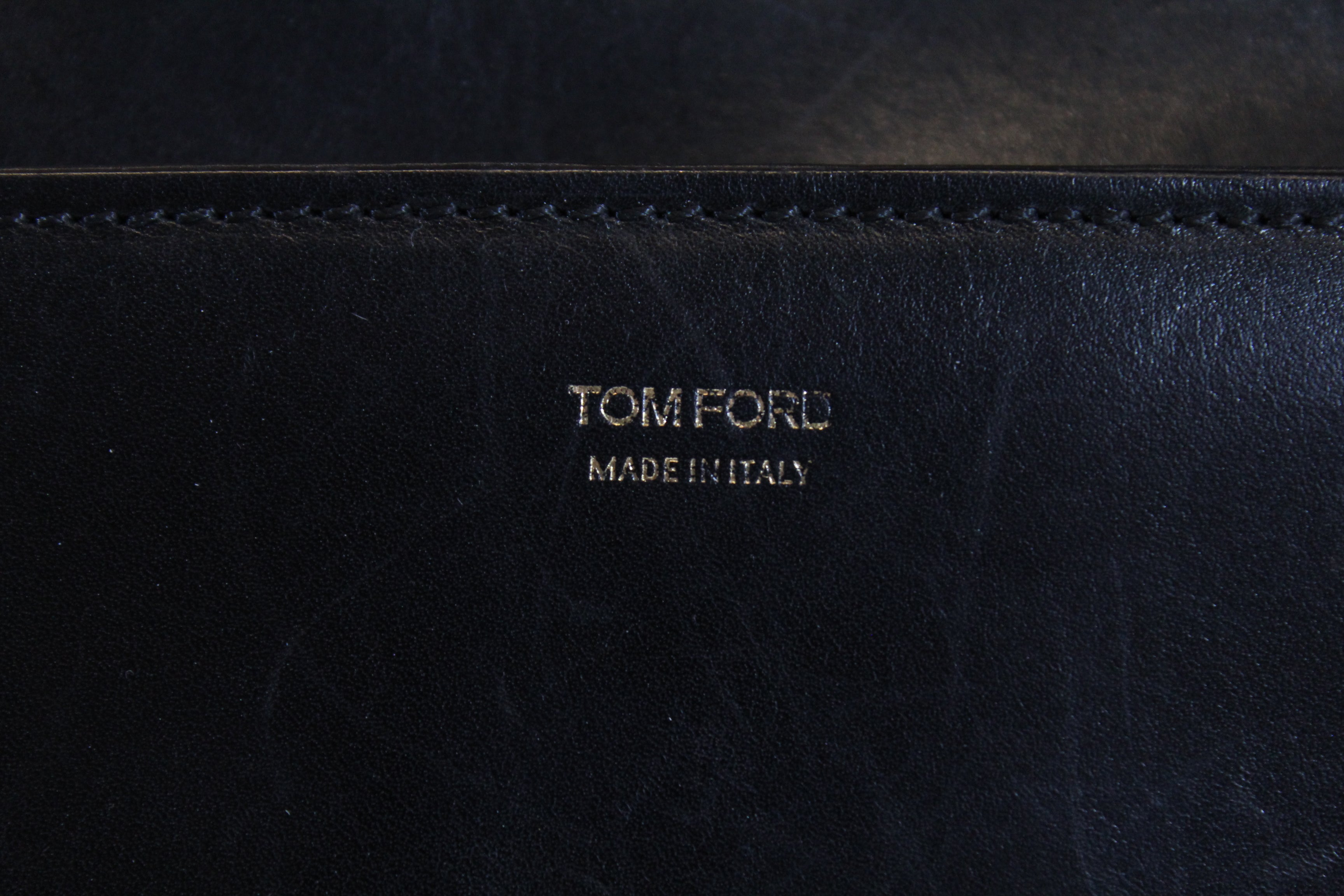 TOM FORD Black Leather Tara T Clasp Single Strap Bag