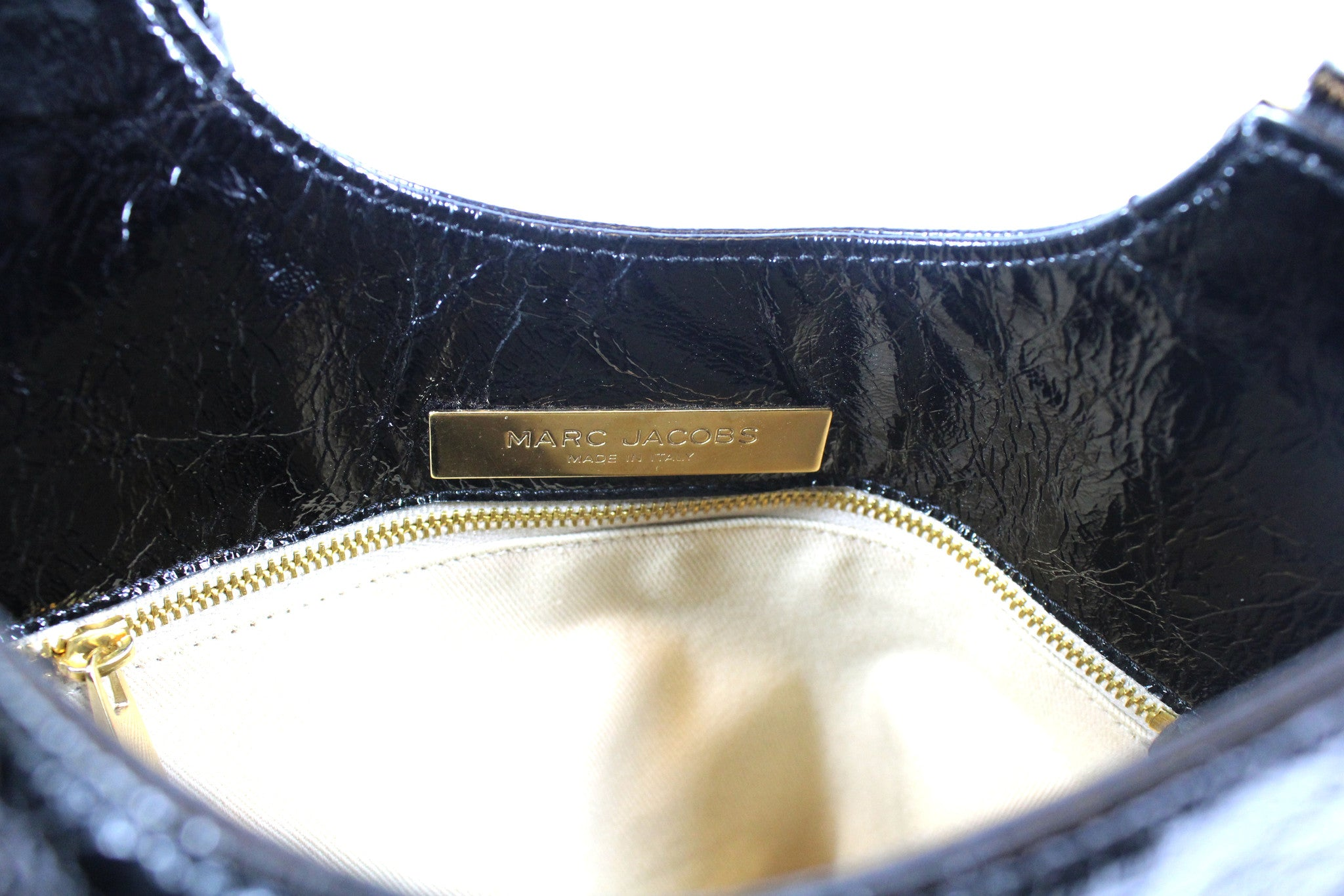 Marc Jacobs Patent Black Flat Tote Bag - Encore Consignment - 7