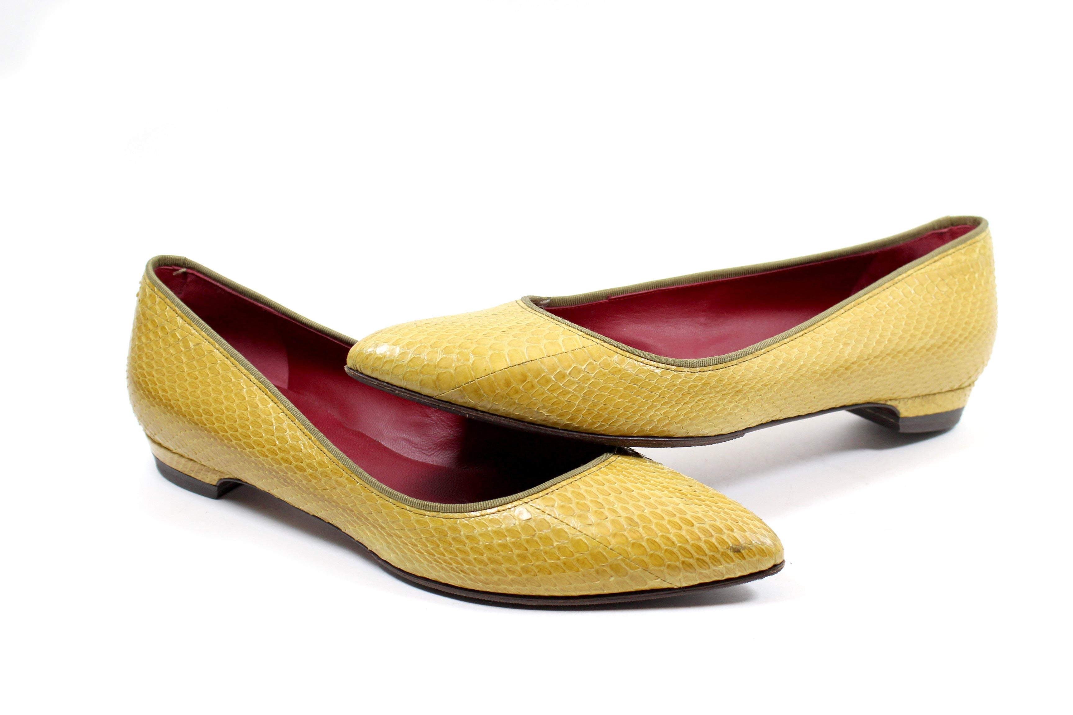 Lanvin Pointed-Toe Yellow Snakeskin Flats (Size 39.5)