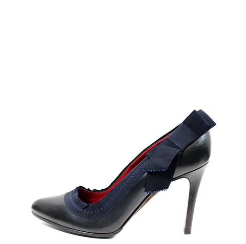 Lanvin Black Leather Pumps w/ Navy Grosgrain Trim (Size 39)