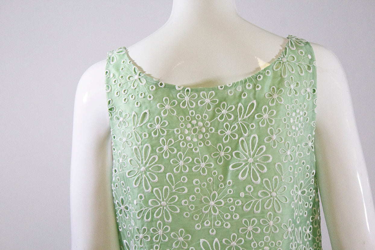 PRADA Light Mint Green White Floral Eyelet Embroidered Silk Sleeveless Shift Dress IT42