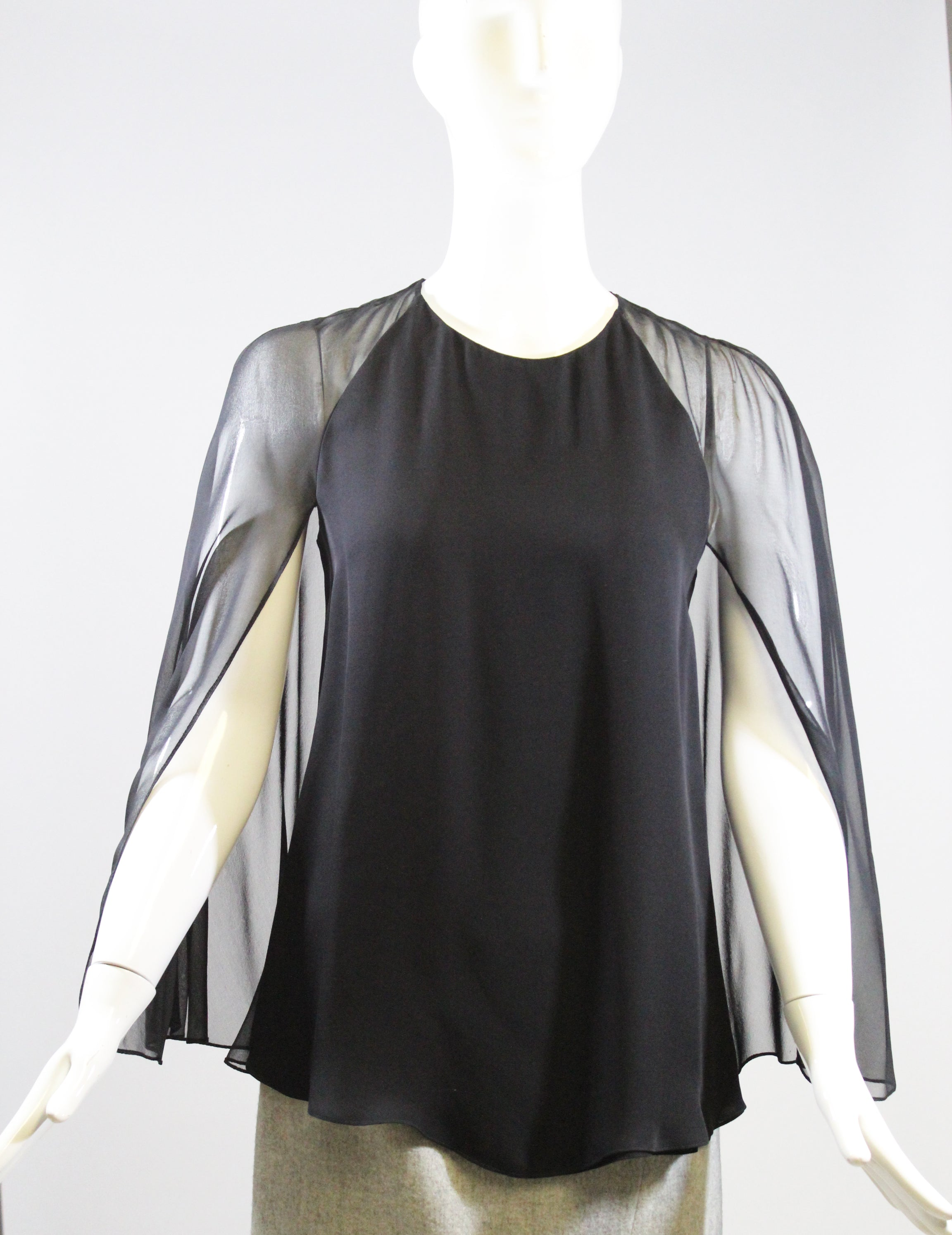 CUSHNIE ET OCHS Black Split Sleeve Silk Double Georgette Cape Blouse Top 0 $795