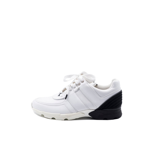 'Sold' CHANEL 16P White Leather Black Neoprene Heel CC Logo Trainers Sneakers 39.5 $950