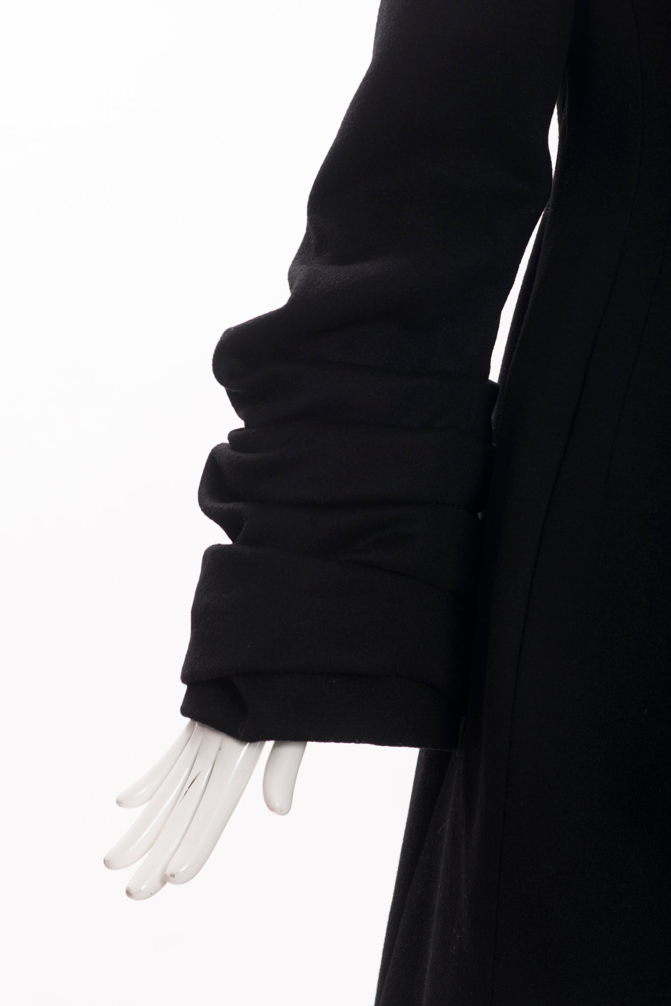 'Sold' VALENTINO Hiver 2008 Black Double Breasted Snap Ruched Pleat Sleeve Wool Coat 2