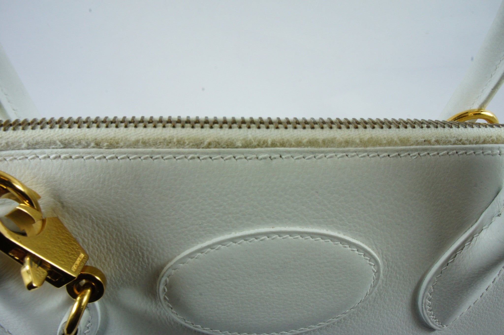 "Hermés White ""Bolide"" Bag - Encore Consignment - 3"