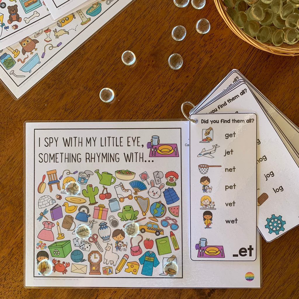 Rhyming Short Vowel Sound Word Family I SPY Mats - ED/EN/ET Pack