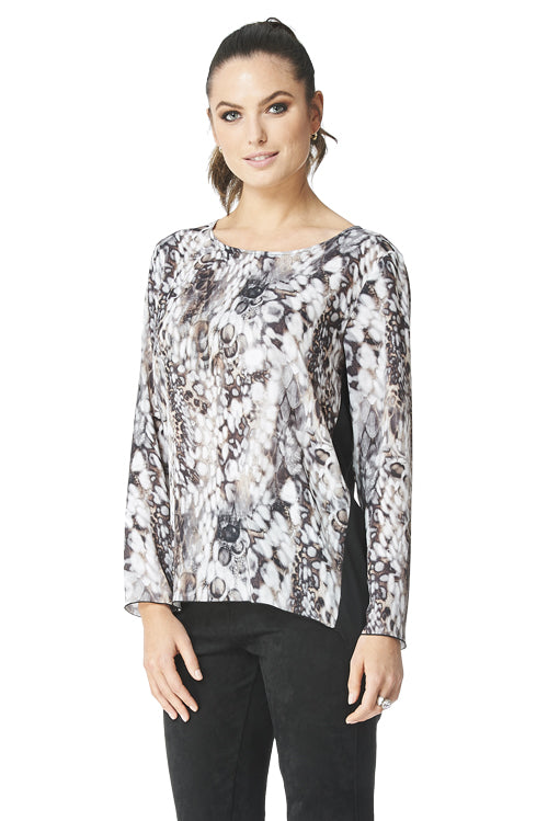 Greta - 9227 - High-Low  Printed Blouse