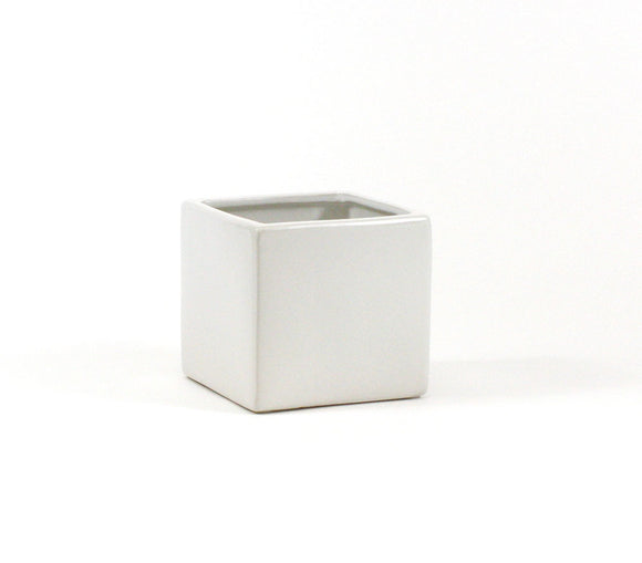 White Square Cube - Open: 5.5
