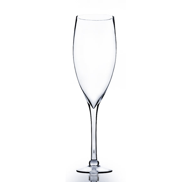 Clear Wine Vase. Open: 6