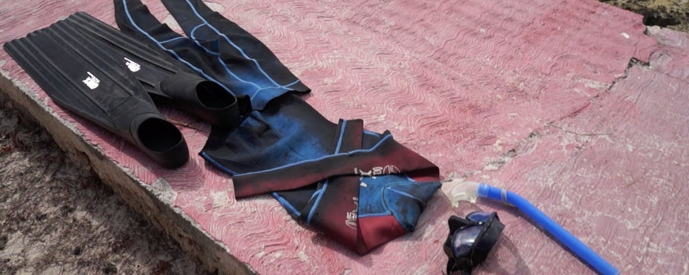 Freedive equipment wetsuit fins mask