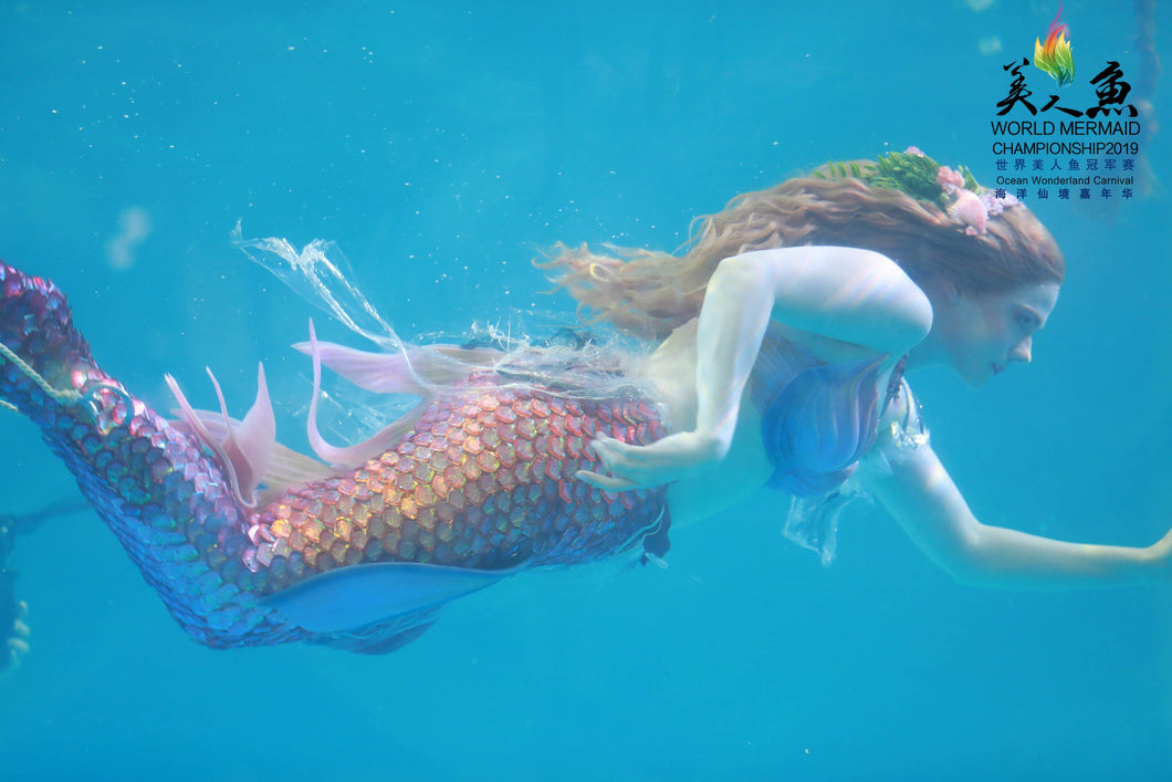 mermaid performer at World Mermaid Championship 2019