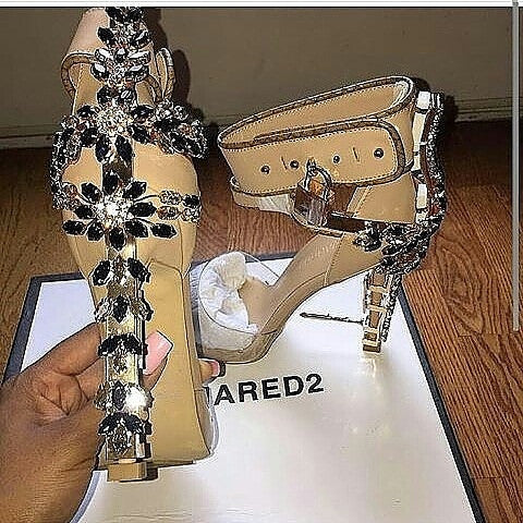 Goldie Locks Sandals