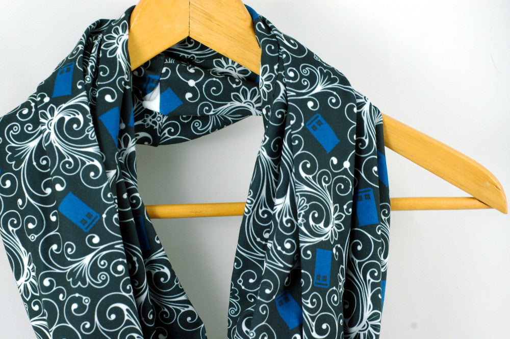 Customer Review: Tardis Circle Scarf