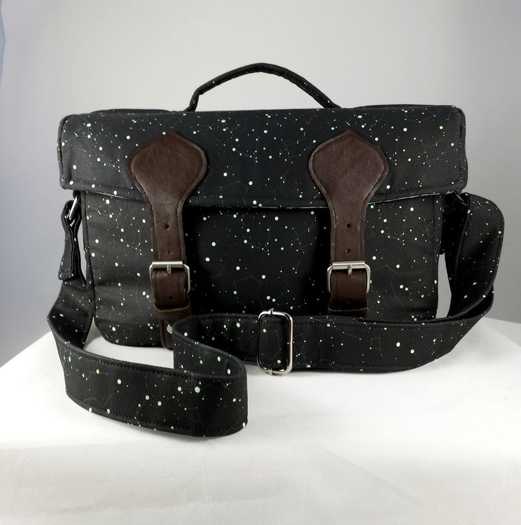 FO Friday: Camille Camera Bag-Stars with a Shiny Centre