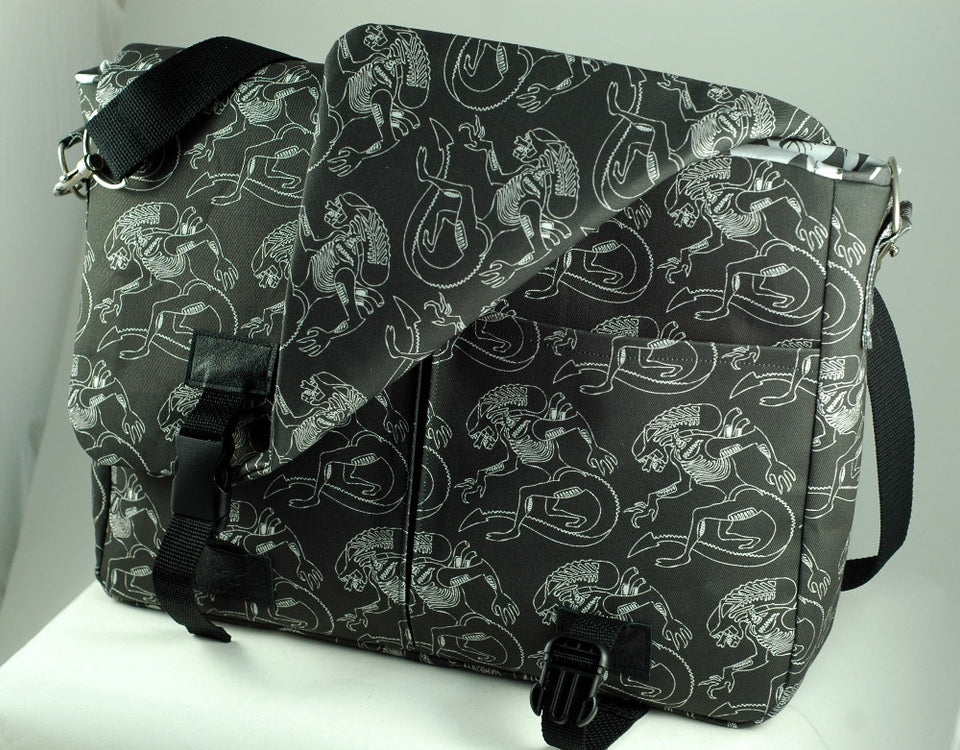 Customer Review: Xenomorph Laptop Bag
