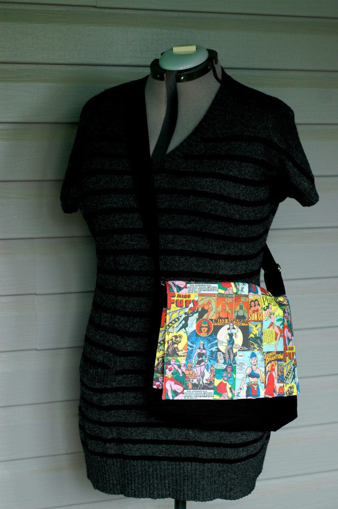 Vintage Super Women Messenger Bag
