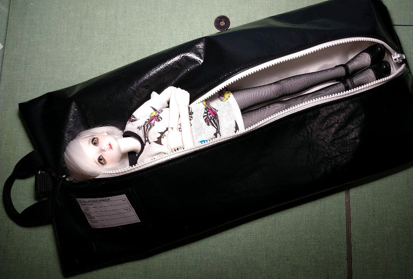 bjd in a body bag carrying case