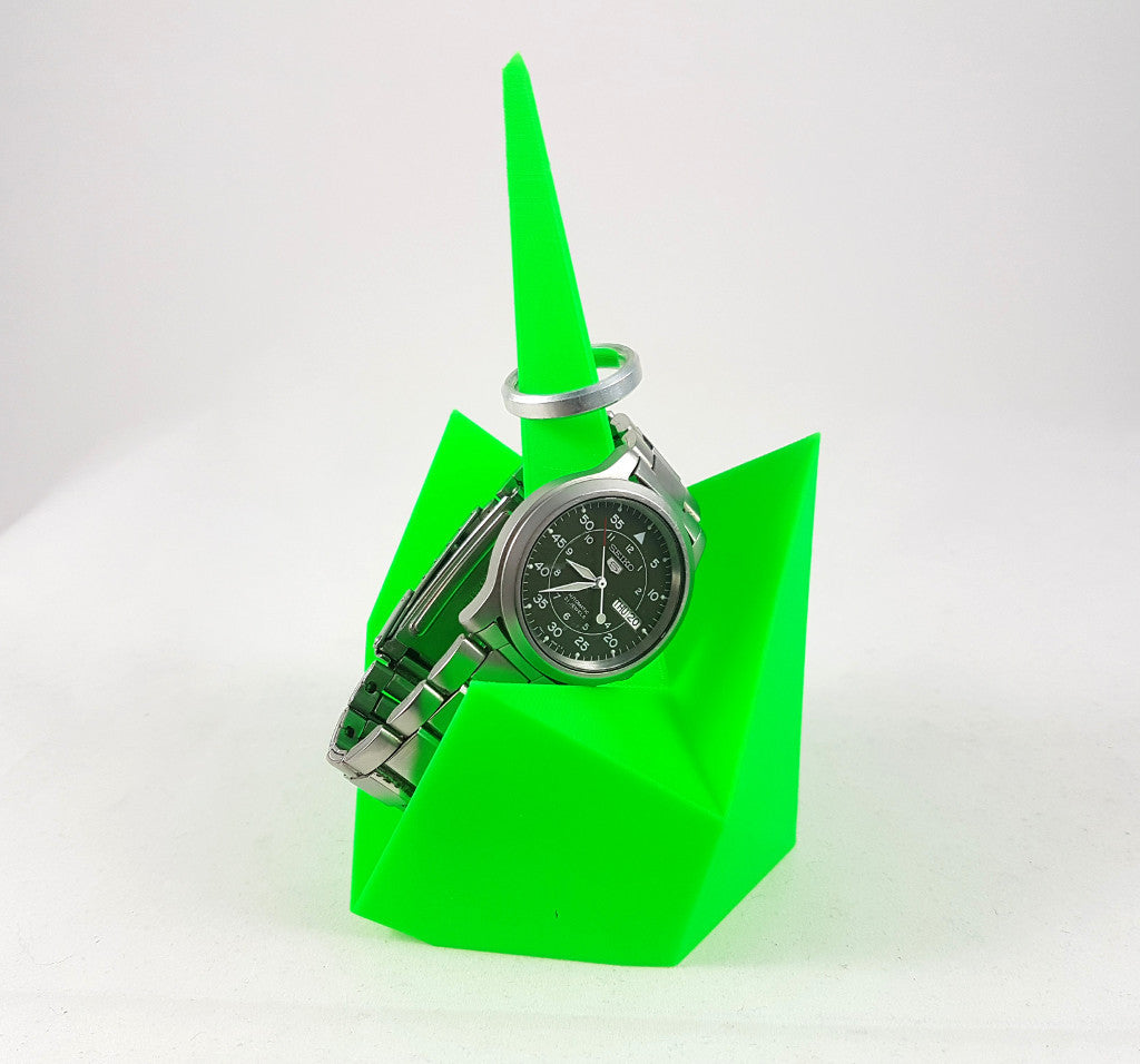 3d printed watch holder by stellar evolution designs