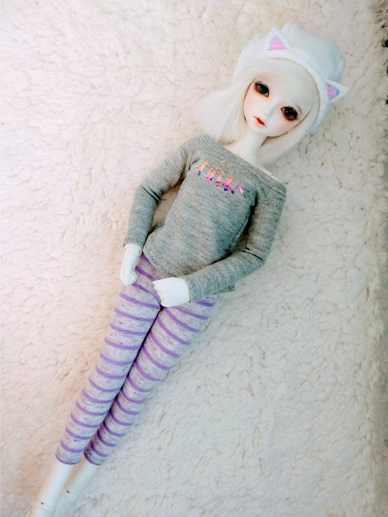 white cat hat le meow off the shoulder shirt and striped leggings for msd bjd