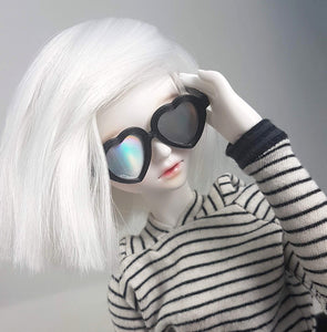 1:4 scale holographic heart sunnglasses for dolls bjd's