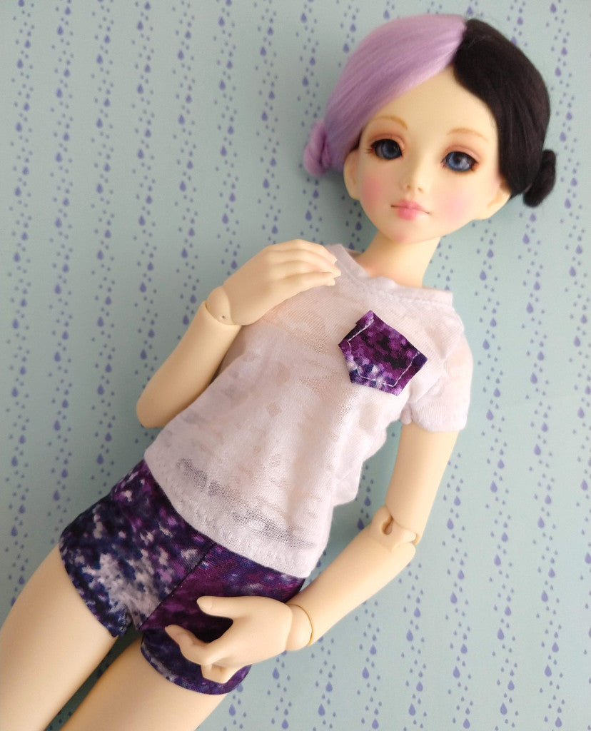 unoa lusis modeling white t and purple shorts set for msd bjd