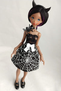 demon horns, lace top, necklace and spider web skirt for momonita