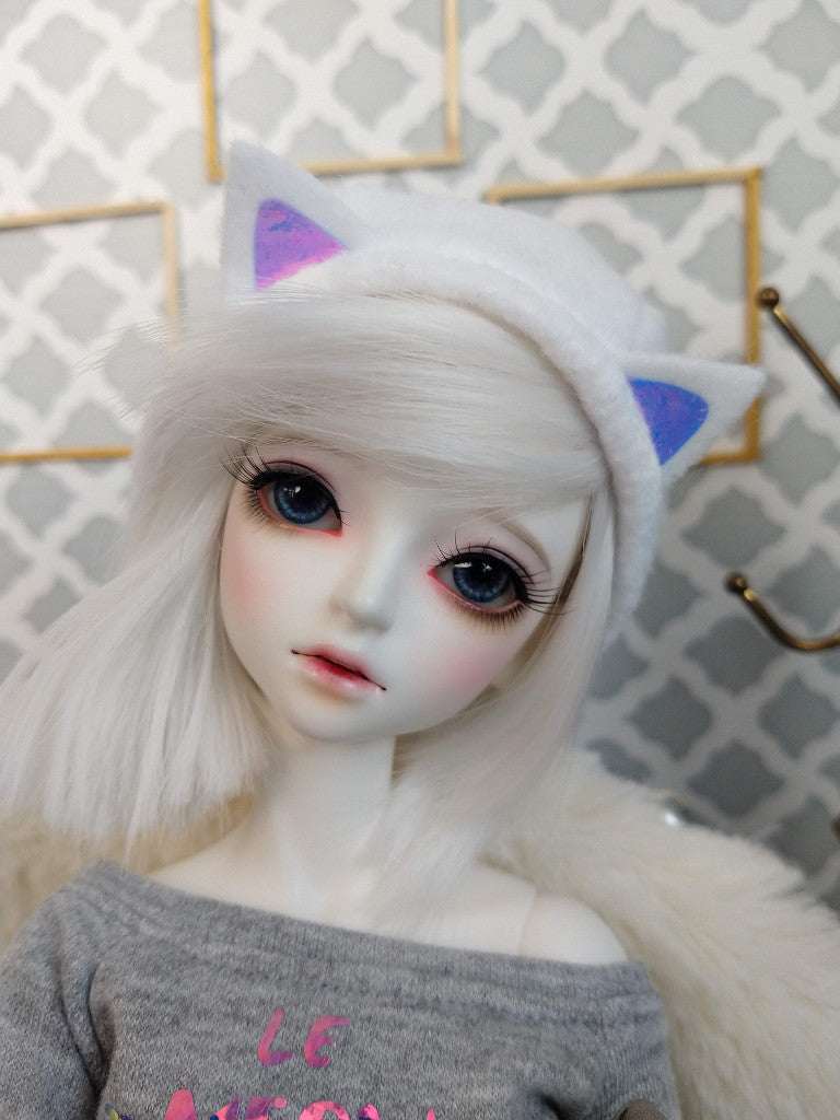 white cat beret hat with holo ears