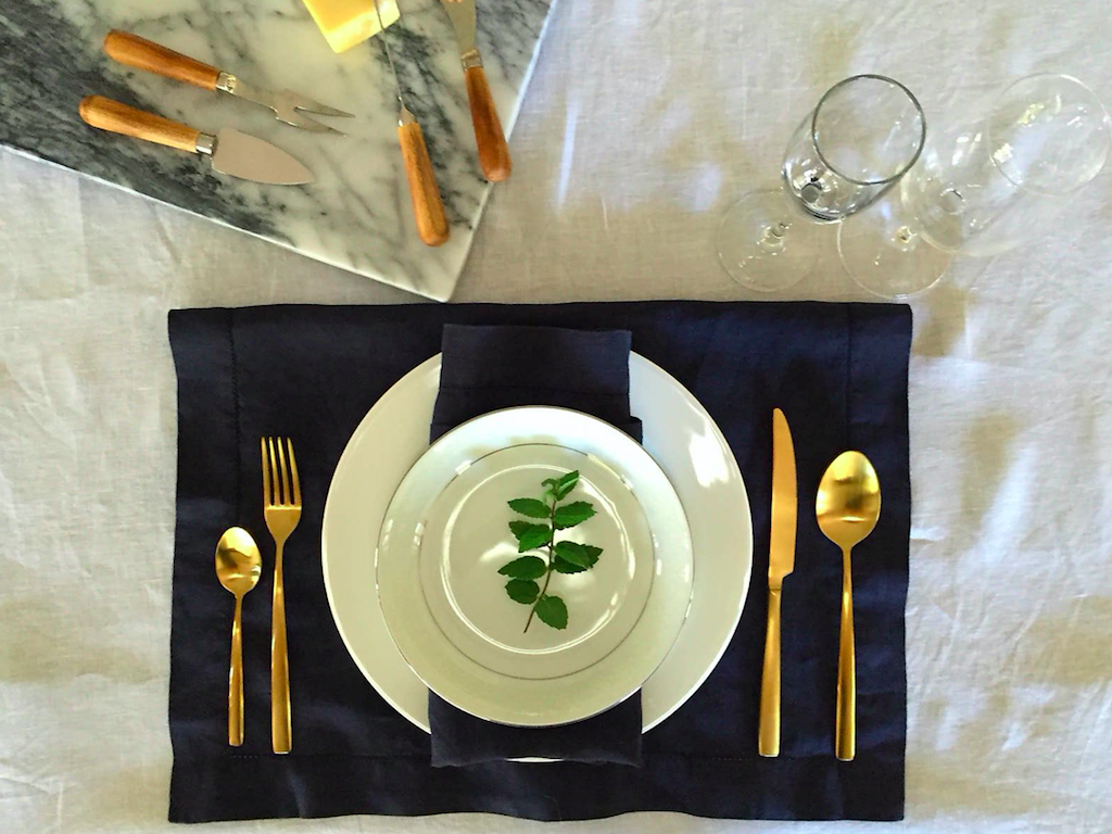 Le Lux Linen Table Linen Range