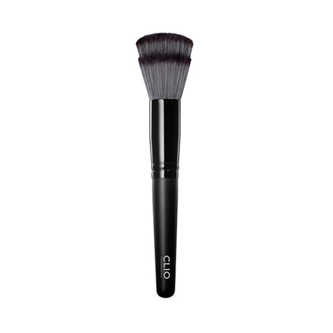 CLIO / Pro Play Foundation Brush 102