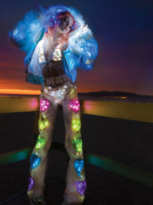 FF497 - Light-Up Rainbow Heart Window Chaps