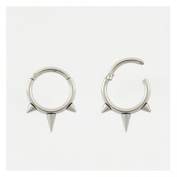 Kingsley Ryan - Triple Spike Hinged Septum Ring