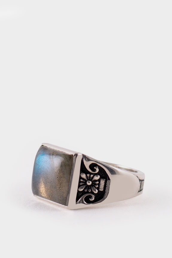 Maple Co Collegiate Ring 925 Silver Labradorite