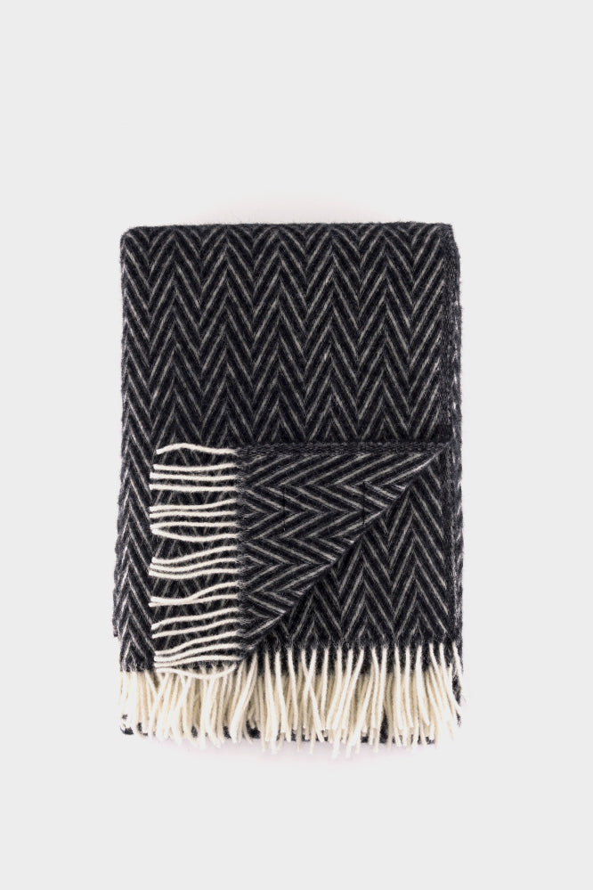 Lapuan Kankurit IIDA Blanket Black White