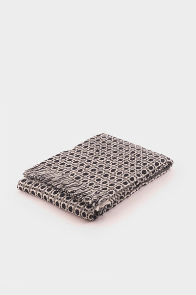 Lapuan Kankurit Corona Blanket in Black -