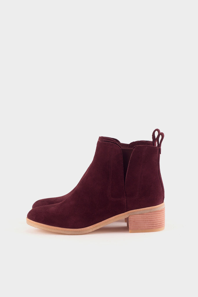 Phenia Cresent Boots Wine Suede -  - 1