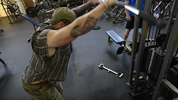 straight-arm-pulldown-a