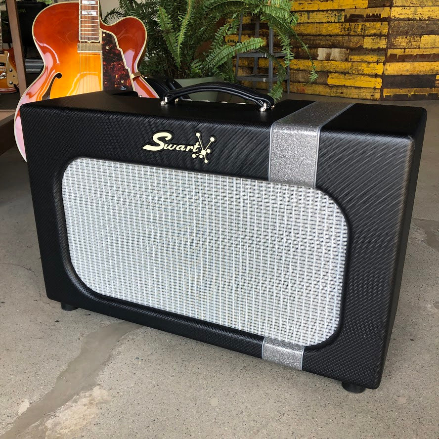 Swart Amplifier MOD 84 - Black w/Silver Sparkle