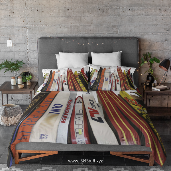 Skis - Duvet Cover