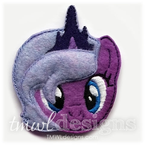 Lunar Pony Head Feltie
