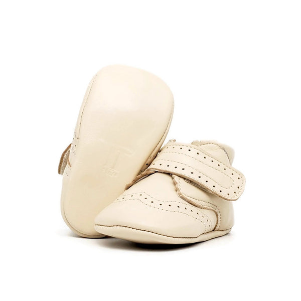 Baby Crib Shoes - Bone Oxford + Velcro - Tippy Tot Shoes