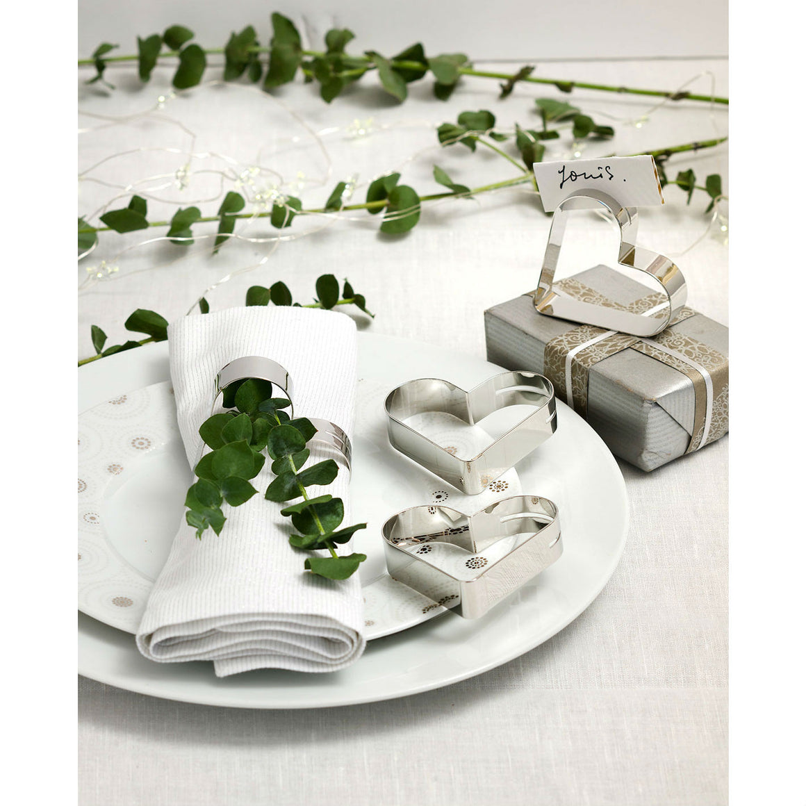 Set Of 4 Silver Heart Place Card Napkin Rings