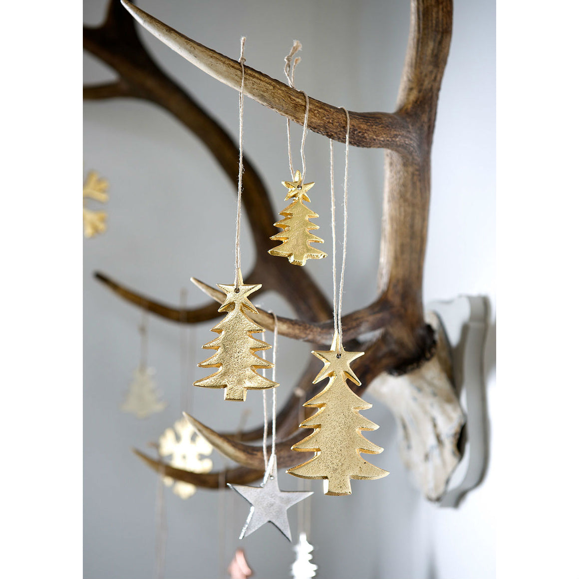 Set Of 3 Gold Cast Christmas Trees