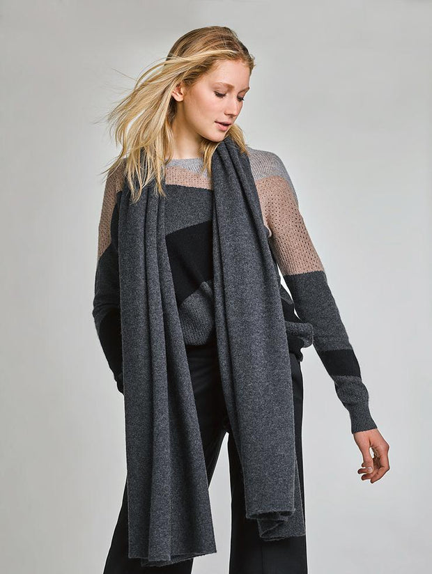 White + Warren - Essential Wrap in Charcoal Heather