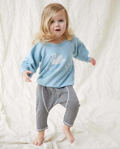 THE GREAT - The Little College Sweatshirt With Swan Graphic in Pale Blue