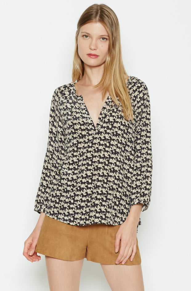 Joie JOIE - Coralee Silk Top at Blond Genius - 1