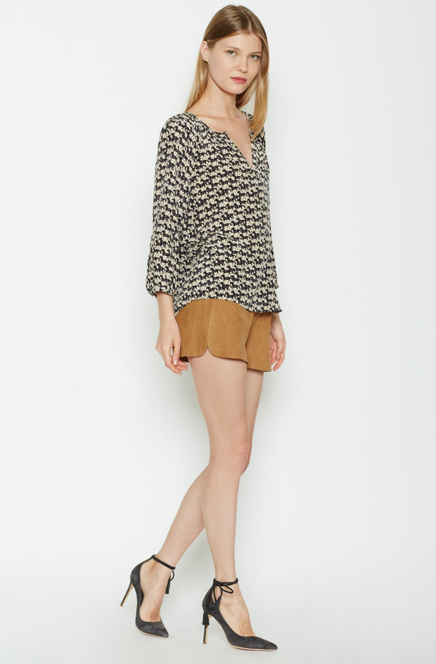 Joie JOIE - Coralee Silk Top at Blond Genius - 2