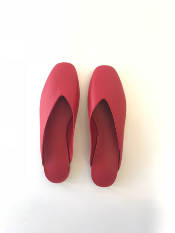 VINCE- Levins Red Flat Leather Slides