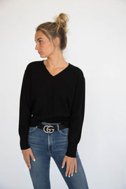 Eleis Collective -The Cropped V Neck - Black