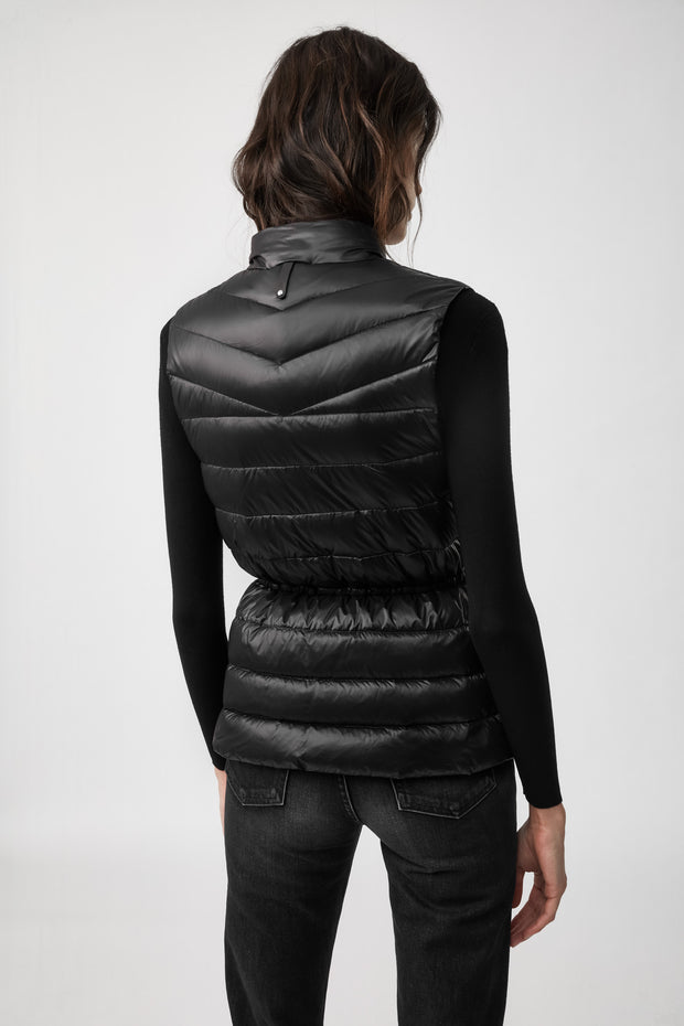 MACKAGE - Izzy Vest in Black